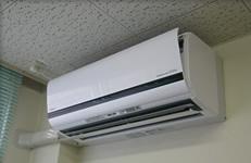 八戸市内病院エアコン取付工事