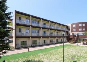 【青森県三沢市】医療法人青仁会「ライフコミュニティパーク三沢」が竣工しました。